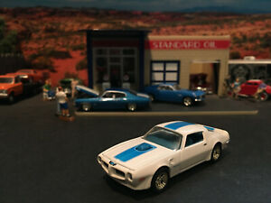 1:64 Hot Wheels LE 1970 70 Pontiac Firebird Trans Am White Blue Stripe Blue Int