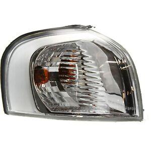 Corner Light For 2004-2006 Volvo S80 w/ chrome trim Passenger Side w/ Bulb