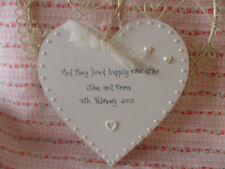 PERSONALISED WEDDING GIFT KEEPSAKE SHABBY STYLE WOODEN HEART PEARL CHIC (large)