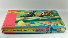 VINTAGE !  JEU DE DADAS DAMIER, jeu en plastique, années 60, chevaux