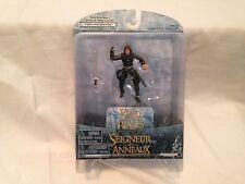 Play Along Le Seigneur Des Anneaux Aragorn in Helm's Deep Armor figure