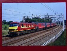 PHOTO  CLASS 90 ELECTRIC LOCO NO 90020 SIR MICHAEL HERON