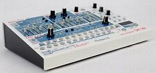 Roland sh-32 SYNTH DSP Effects 808 909 jp-8080 + comme neuf + 1.5j Garantie