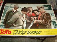 Toto 'Dritte Männchen Fotobusta 50 x 70 - 1951 - CB21