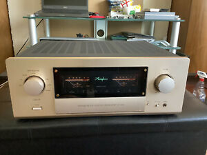 Accuphase E530 Class A Solid State Integrated Amplifier with Optional Phono Card