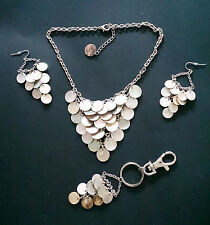 Mother of Pearl Shell Necklace & Earring Set.  Looks stunning on!