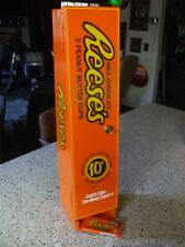 reese's peanut butter cups vending machine diner arcade candy chocolate mancave