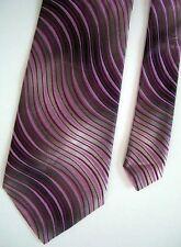 "Louis Dell'Olio Men's Silk Wavy Neck Tie Pink 4"" x 58"""