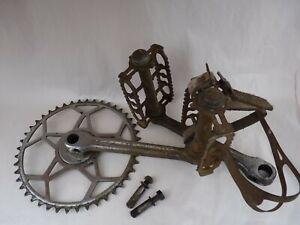 Pédalier vélo ancien, 44 dents avec pédales