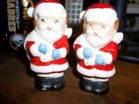 """Vintage Made in JAPAN 2 Santa Pepper Shakers 3"""" High"""
