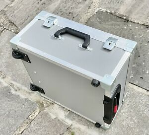 Transportkoffer Trolly Bundeswehr Alu Box EDV Fotokoffer Veranstaltungstechnik