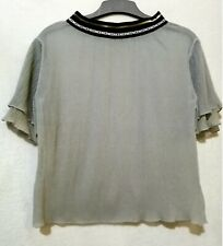 Gray minimalist flutter sleeves with Nice logo