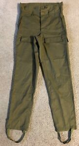 VTG Czech Military Paratrooper Cargo Pants - Size 35L