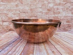 LARGE VINTAGE MILITARY STAMPED 1960 HAMMERED COPPER MIXING BOWL