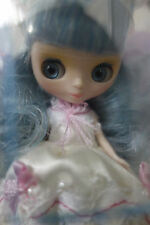 * WOW! LIMITED EDITION WHITE MAGIC PETITE BLYTHE * NRFB * NIB * FREE SHIP *