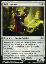 Relic Seeker foil   nm   buy a box Promo   Magic mtg