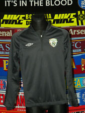 5/5 Ireland (Eire) adults S MINT football jacket top soccer