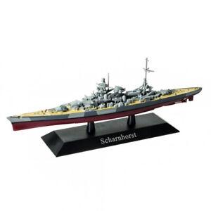 DeAgostini 02 German Battleship Scharnhorst 1939 with U-Boat 1/1250 Scale Models