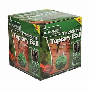 Kingfisher Traditional Topiary Ball Artificial 26cm Green Boxwood Grass Hanging