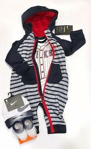 NIKE THERMA Baby Boys 4-pc GIFT SET: Coverall, Bodysuit, Cap & Booties. 3-6 M