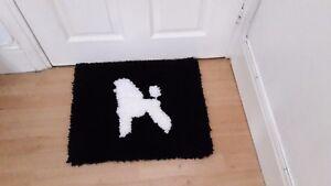 Hand made dog shape decorative rug! (Samoyed/Spitz/Eskimo Dog/Poodle/Schnauzer