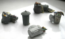 Ho Scale Figures featuring Five Garbage Cans - Vguc
