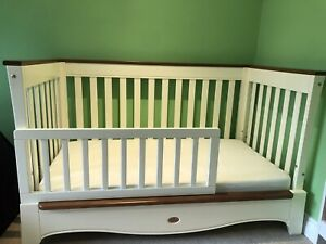 Boori Provence Convertible Cot Bed - Ivory & Honey, Used But In Great Condition