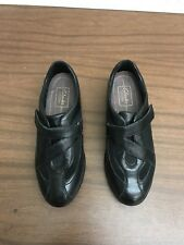 Clarks Womens Black Leather Showstopper Shoes Size 6M