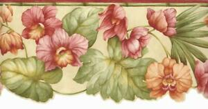 Scalloped Floral Green Tropical Leaf on Rustic Bamboo Botanical Wallpaper Border