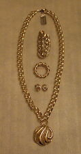 Set NAPIER Gold Tone Link Chain Pendant Necklace Earrings Bracelet Brooch Pin