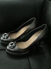 ***Worn 1x* CHANEL Metallic Leather Camellia CC Pumps Heels Platforms 39.5 8.5 9