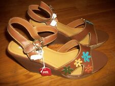 NEW AMERICAN EAGLE TAN FLOWER WEDGE SANDALS WOMEN'S DRESSY SHOES SIZE 13 M