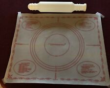 Vintage Tupperware Pastry Pie Measurement Mat and Fill n Chill Rolling Pin