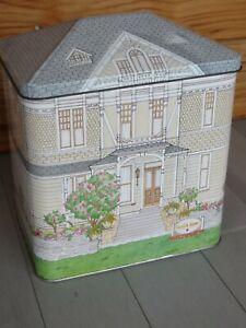 VTG SUTTER HOME VICTORIAN HOUSE 1884 TIN 8 1/4H X 7L X 4 1/2W DOLL HOUSE TRAINS