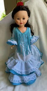 Nancy Doll Brunette Famosa