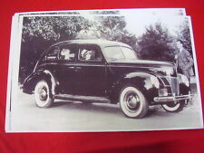 1940 FORD 4DR SEDAN    11 X 17  PHOTO /  PICTURE