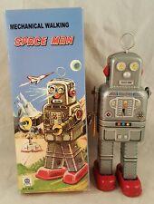 MECHANICAL WALKING SPACE MAN TIN TOY 2014 VINTAGE HA HA TOYS