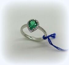 Anello in argento 925 goccia color verde smeraldo e contorno di zirconi