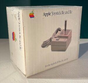 VINTAGE APPLE JOYSTICK IIe & IIc MODEL A2M2002 UNOPENED IN ORIGINAL BOX! RARE!!