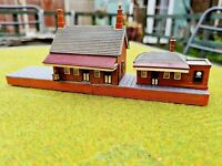 HORNBY LYDDLE END (N-GAUGE) N8001: 'WAITING ROOM' .GOOD CONDITION UNBOXED.