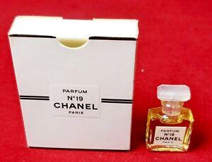 ღ N 19 - Chanel - P 1,5ml