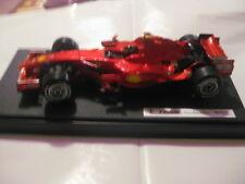 Hot Wheels Mattel Ferrari F2008 Kimi Raikkönen mit Figur L8781  1:18 Neu in OVP