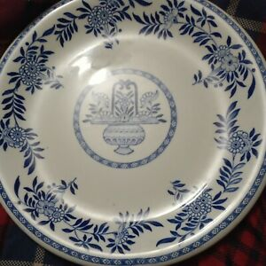 """TWO (2) STERLING CHINA VITRIFIED 10"""" DINNER PLATES BLUE & WHITE FLORAL USA"""