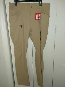 The North Face Retrac Tech Pants size 32