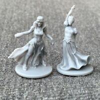 2 Pcs Unpainted lady Dungeons & Dragon D&D Marvelous Miniatures toy game figures