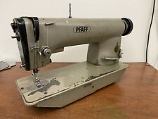 Pfaff 461 Industrial Sewing Machine - Needle Feed