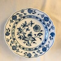 "Antique Meissen Blue Onion Bowl / Plate, 9 1/2"" Crossed Swords Signature"