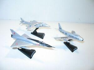 AVION militaire lot de 3 avions de chasse, mirage + sabre + harrier