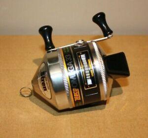 Vintage Zebco Omega 33 Fishing Reel   -Excellent-