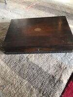 ANTIQUE WOODEN CUTLERY CANTEEN BOX - DETAILED EDGE - WORKING LOCK AND KEY